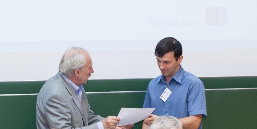 Verleihung Dmitri Blüschke | Foto: aau/Wohlgemuth