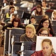 Studierende im Hörsaal A