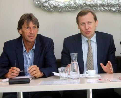 USI-Direktor Franz Preiml und Dekan Erich Schwarz   Foto: LPD/QSpictures