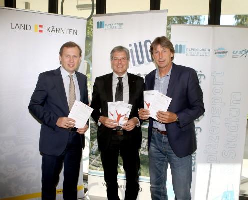 Dekan Erich Schwarz, Sportreferent LH Peter Kaiser und USI-Direktor Franz Preiml   Foto: LPD/QSpictures