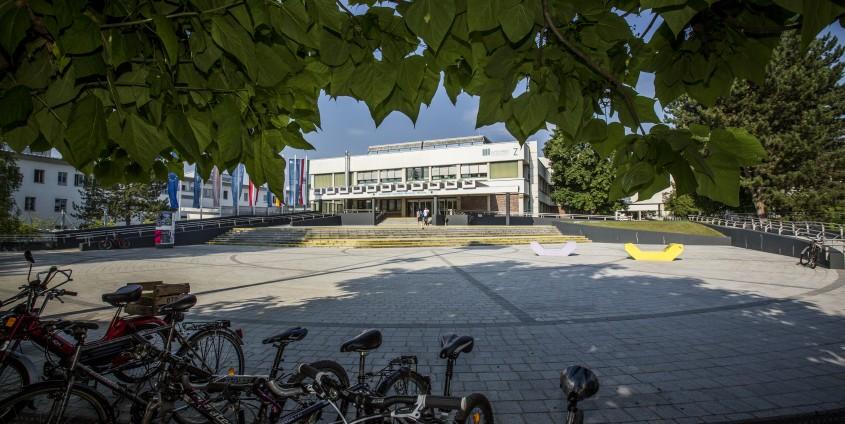 AAU Haupteingang | Foto: aau/tinefoto.com
