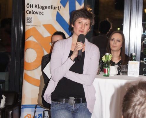 Karrierewege in der Medienbranche: Monika Skazedonig (ÖH) begrüßt | Foto: aau/KK
