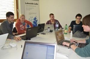 Die TeilnehmerInnen tüftelten gemeinsam an neuen Spielen | Foto: Hübner