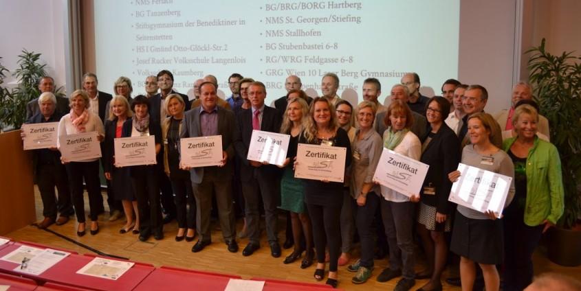 Verleihung der eLSA-Zertifikate   Foto: aau/KK