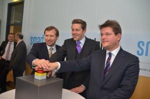 Eröffnung des Smart Lab Carinthia (von links: Erich Schwarz, Harald Mahrer und Oliver Vitouch)   Foto: aau/Marinelli