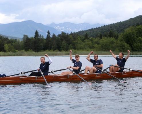 Das Siegerteam der AAU: Anna Berger, Florian Berg, Roland Prünster und Kurt Traer | Foto: QSpictures
