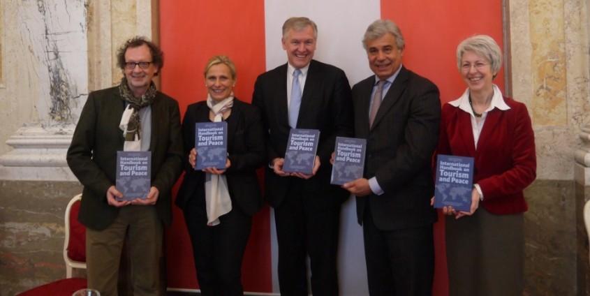 International Handbook on Tourism and Peace | Foto: aau/KK