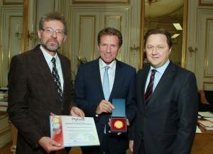 Tilmann Reuther, Karlheinz Töchterle und Andrii Bereznyi | Foto: BMWF/Haslinger