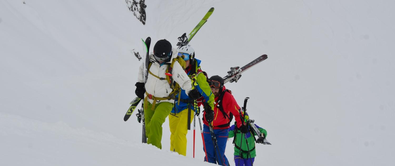 Alpen-Adria-Universität Universitätssportinstitut Skitour Gruppe |Foto: aau/usi