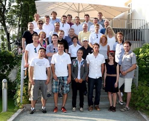 SpitzensportlerInnen mit ihren MentorInnen | Foto: aau/Kuess