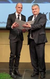 Robert Klinglmair mit AK-OÖ-Präsident Johann Kalliauer