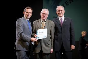 Würdigungspreis des Landes Kärnten für Franz Rendl (mitte), Foto: KLZ/Weichselbraun