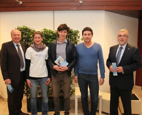 LSR-Präsident Walter Ebner, ÖH-Vorsitzender Stefan Sagl und Rektor Heinrich C. Mayr begrüßten gemeinsam mit Studierenden die Gäste | Foto: aau/Hoi