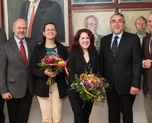 Gratulation an Katrin Blatnik, Absolventin des 10.000 Studien- abschlusses | Foto: aau/Hoi
