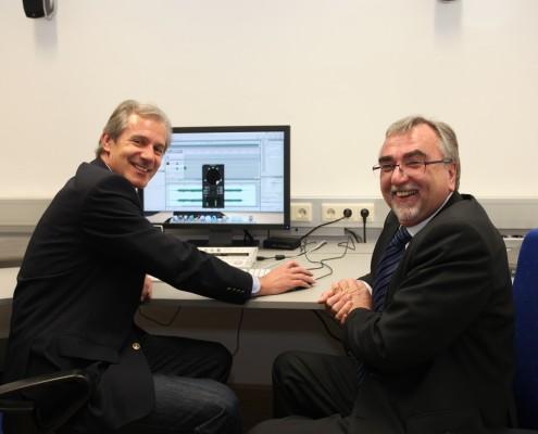 Im Medienlabor: Rektor Heinrich C. Mayr und Landesrat Josef Martinz | Foto: aau/Hoi