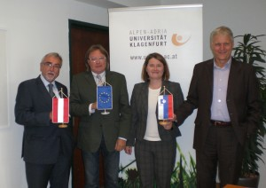 v.l.n.r.: Heinrich C. Mayr, Janko Ferk, Maria Th. Semmelrock-Picej, Ralph Grossmann | Foto: aau/KK