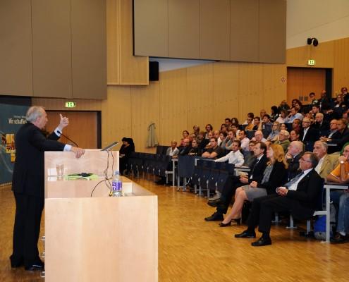OeNB-Gouverneur Prof. Nowotny | Foto: aau/Wallner