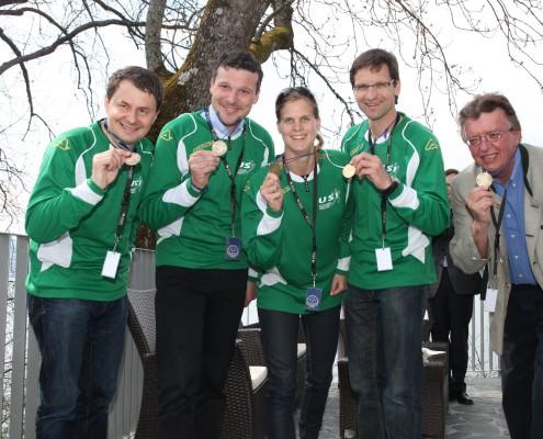 Das Team des Medien- und Politik-Vierers | Foto: aau/Hoi
