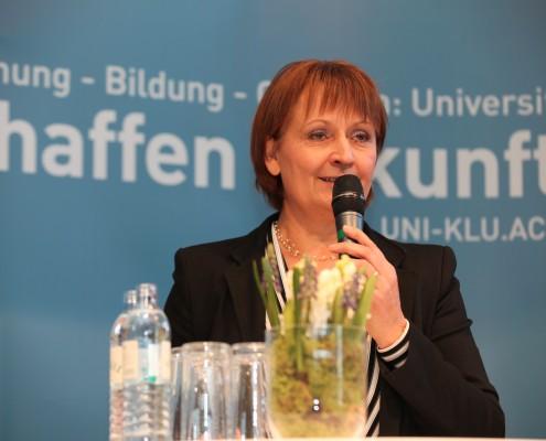Universitätsrats-vorsitzende Herta Stockbauer | Foto: aau/Hoi