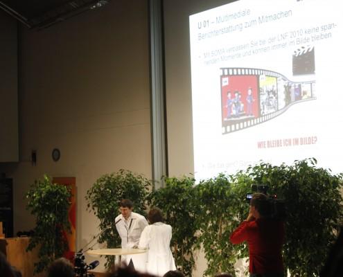 Eröffnung der LNF 2010: Präsentation der Stationen in einer 30'' Madness-Show | Foto: aau/Maurer