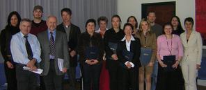 Die AbsolventInnen des Basislehrganges 2007 | Foto: aau/KK