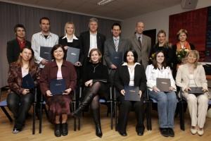 AbsolventInnen und OrganisatorInnen des Basislehrganges 2005 | Foto: aau/Puch