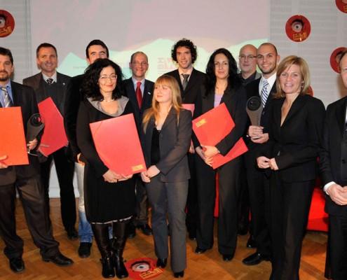 Die Kärntner PreisträgerInnen mit Hans Schönegger (KWF), Christa Kranzl (bm:vit) und weiteren VertreterInnen der Veranstalter | Foto: DeSt/Wien