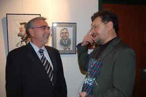 Rektor Mayr und Karikaturist Petar Pismestrović   Foto: Kowal