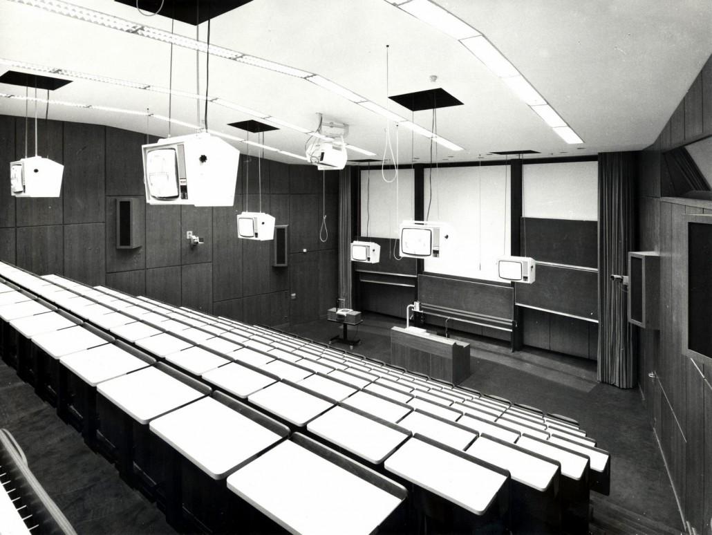 Hörsaal 1 im Jahr 1980 | Foto: aauarchiv/abuja
