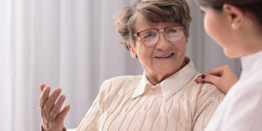 24-Stunden-Pflege   Foto: Photographee.eu/Fotolia.com
