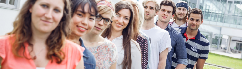 Studierende am Campus der Alpen-Adria-Universität | Foto: aau/tinefoto.com