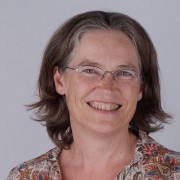 Univ.-Prof. Dr. Martina Merz
