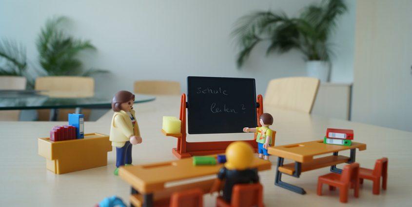 Playmobil Schule | Foto: aau/Tischler-Banfield