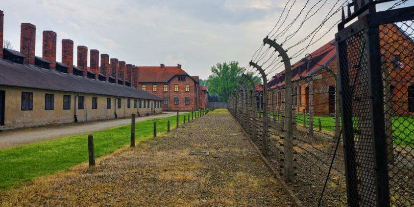 Auschwitz   Foto: R. Babakin/Fotolia.com