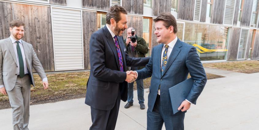 Staatssekretär Harald Mahrer zu Besuch an der AAU | Foto: aau/Michael Stabentheiner