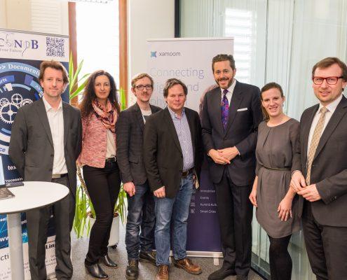 Staatssekretär Harald Mahrer im Gründerzentrum build! mit den Unternehmen Econob, Xamoon und Harmony & Care | Foto: aau/Michael Stabentheiner