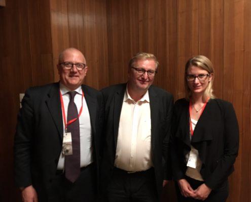 Univ.-Prof. Dr. Paolo Rondo-Brovetto, Nationalratsabgeordneter Dr. Christoph Matznetter und Mag.a Birgit Moser beim Interview