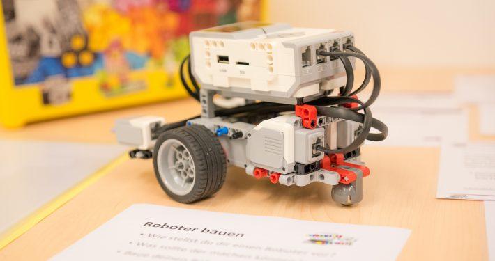 Informatik-Camp: Roboter bauen | Foto: aau/TeWi