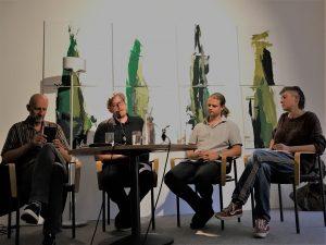 Podiumsgespräch nach einer Lyriklesung mit Esad Babacic und Anja Golob: Von links nach rechts: Esad Babacic, Dominik Srienc (RMI, Moderation), Daniel Terkl (hochroth Verlag), Anja Golob