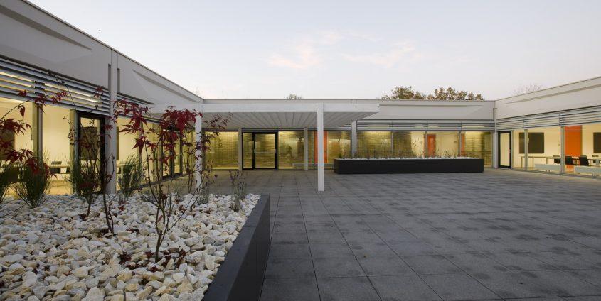 Vorstufe-Atrium | AAU