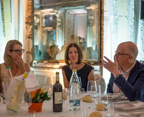 Univ.-Prof. Paolo Rondo-Brovetto, Ass.-Prof.in Sanja Korac und Univ.-Ass.in Birgit Moser (v.rechts) bei der EGPA Annual Conference 2017, Foto: Rondo-Brovetto P.