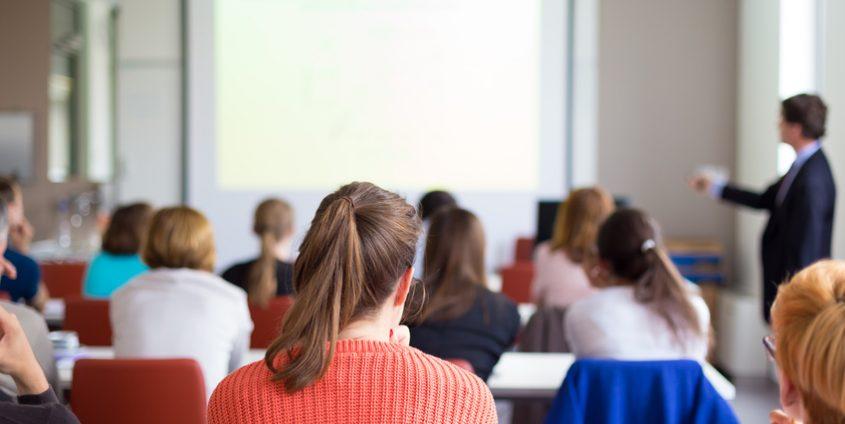 Vortrag an der Universität | Foto: kasto, fotolia.com