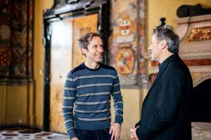 Im Gespräch zum Thema Mehrsprachigkeit: Alexander Onysko | Foto: Daniel Waschnig im Wappensaal im Landhaus in Klagenfurt