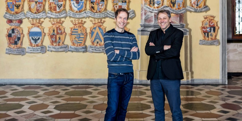 Hans Karl Peterlini und Alexander Onysko im Wappensaal im Landhaus Klagenfurt