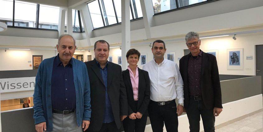 Israelische Delegation zu Besuch an der AAU v.l.n.r: Avi Hofstein (Academic Arab College, Weizmann-Institut), Muhamad Hugerat (Academic Arab College), Doris Hattenberger (Vizerektorin AAU), Ahmad Basheer (Academic Arab College)