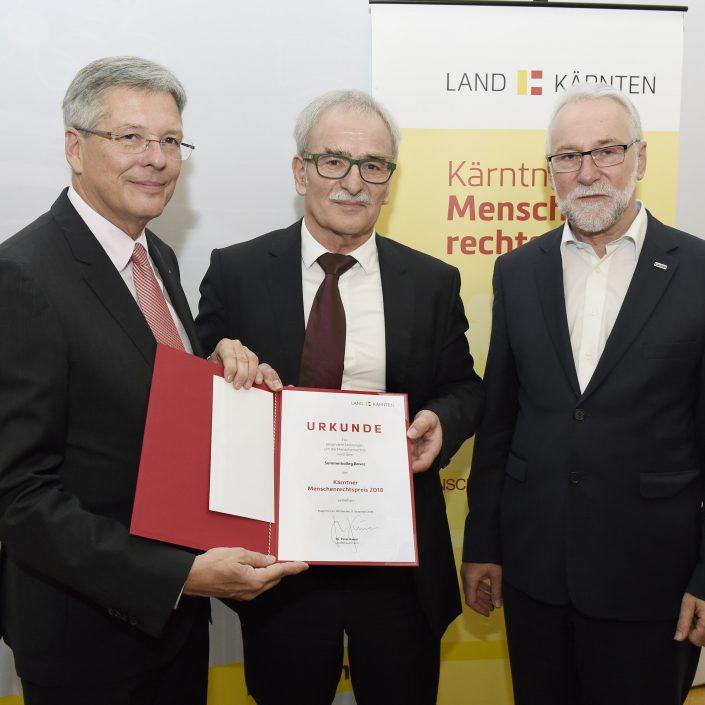 Menschenrechtspreis 2018 des Landes Kärnten mit Landeshauptmann Peter Kaiser, Vladimir Wakounig und Bischofsvikar Josef Marketz