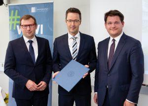 Erich Schwarz, Lambert T. Koch & Oliver Vitouch (v.l.n.r.) | Foto: aau/photo riccio