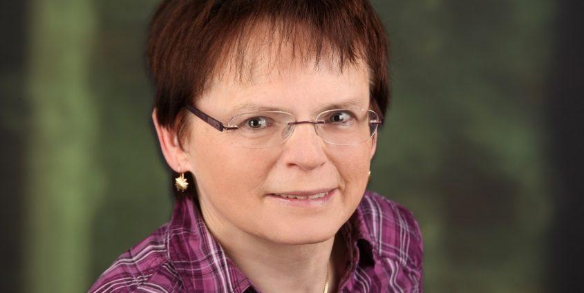 Institut für Slawistik - Dr. Herta Maurer-Lausegger