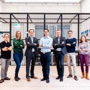 Michal Barcis, Petra Mazdin, Christian Bettstetter, Stephan Weiss, Bernhard Rinner, Roland Jung und Agata Barcis | Foto: aau/Waschnig