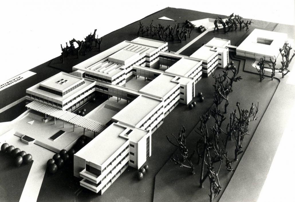 Siegermodell des Wettbewerbs für den Zentral- und Nordtrakt, umgesetzt 1974-1977 | Foto: AAU-Archiv